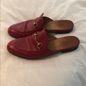Red gucci loafer